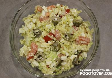 Греческий салат с сыром Фета и кинзой рецепт
