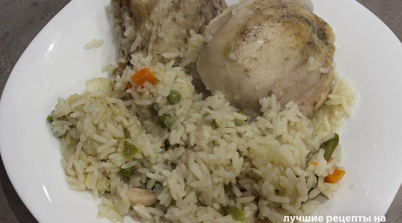 Рис с курицей и овощами в рукаве для запекания в духовкеРецепт