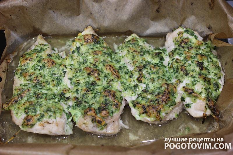 Куриное филе со шпинатом, сливками и сыром запеченное в духовке рецепт