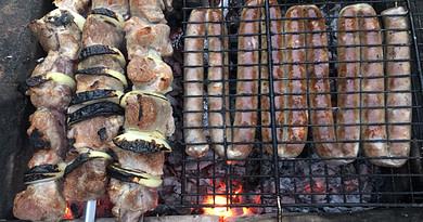 Шашлык из свинины c маринадом из майонеза и луком рецепт