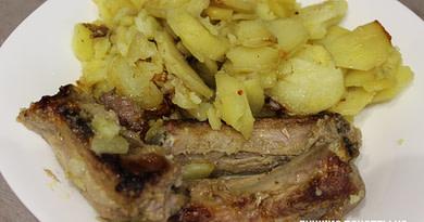 Картошка с ребрышками в мультиварке на режиме Выпечка рецепт